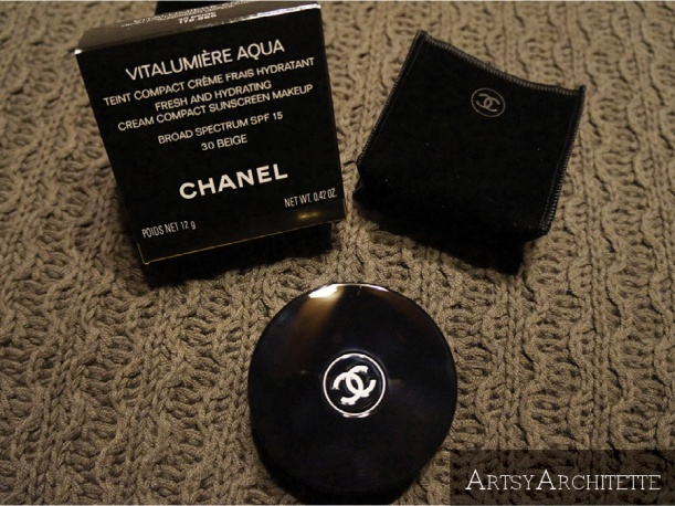 ArtsyArchitette Chanel VITALUMIÈRE AQUA Cream Compact Foundation Review2