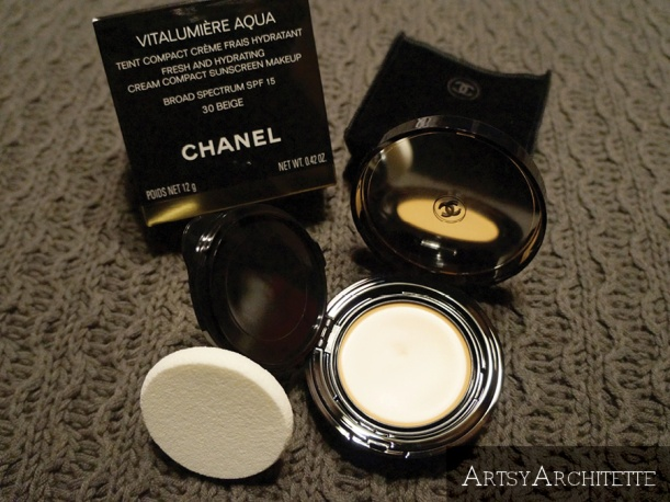 ArtsyArchitette Chanel VITALUMIÈRE AQUA Cream Compact Foundation Review4